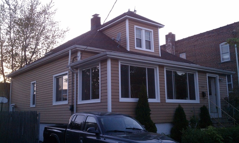 This Home In Hackensack Nj Enclosed Its Front Porch