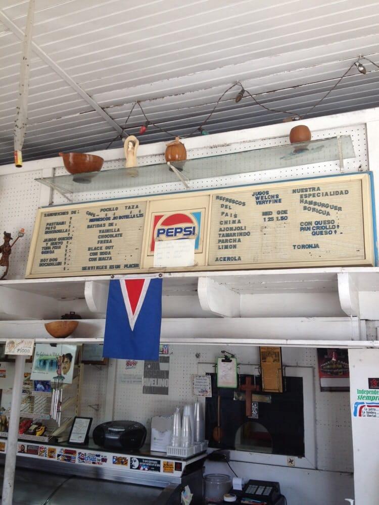 La Cafetería De Wiliche: Calle Ramon Betances, Mayagüez, PR
