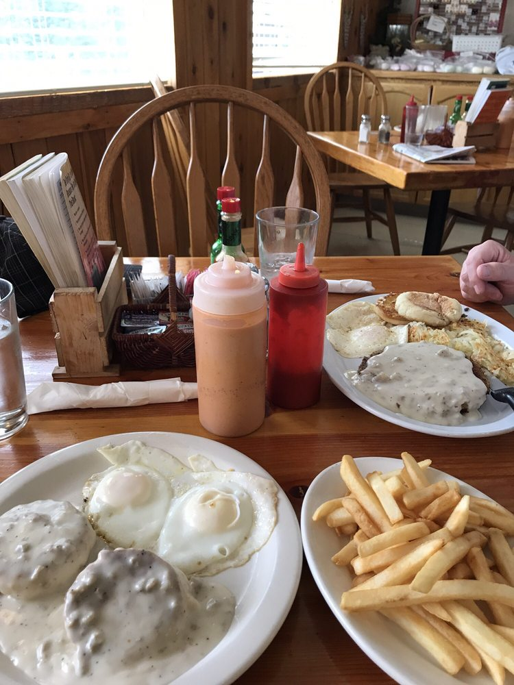 Rose Lake Restaurant: 11233 S Hwy 3, Cataldo, ID