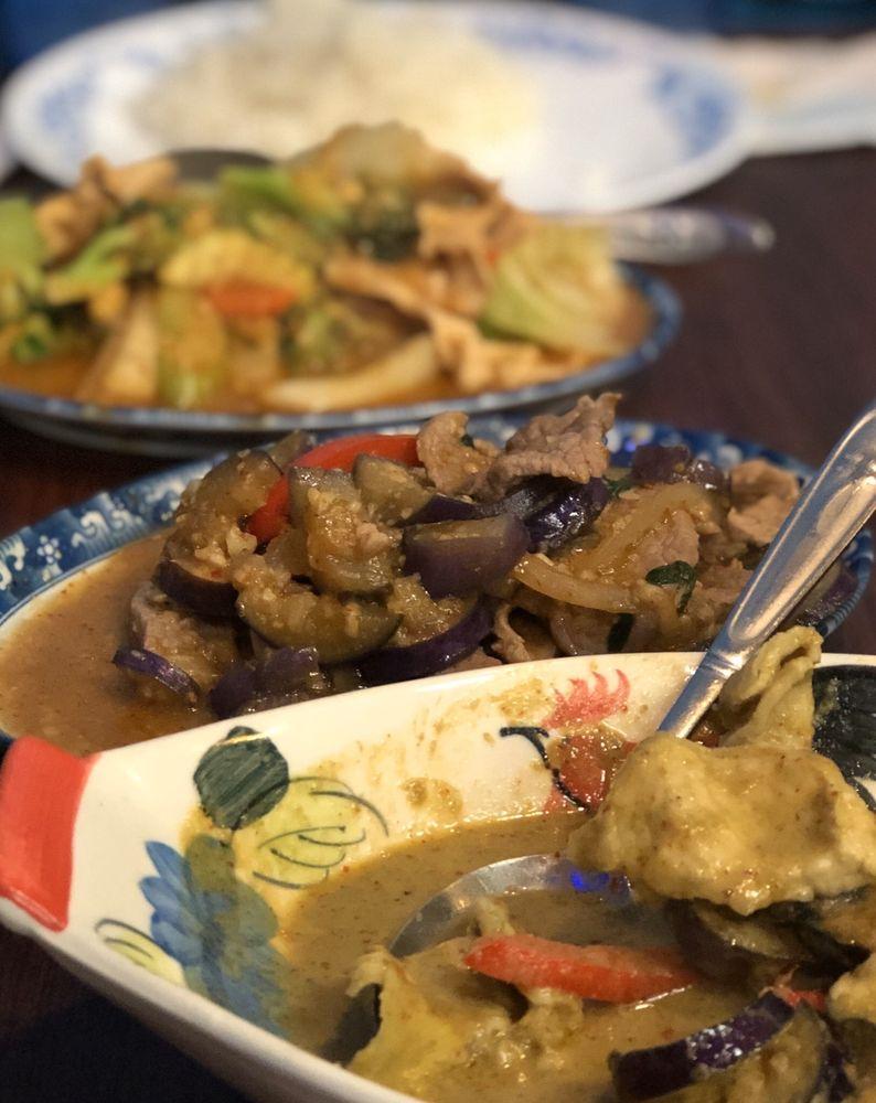 Tuktan Thai Food: 1067 Broadway, Chula Vista, CA