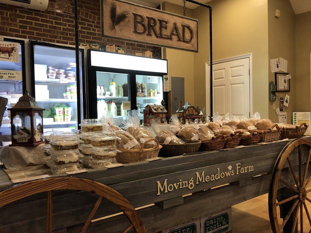 Moving Meadows Farm: 307 S Main St, Culpeper, VA