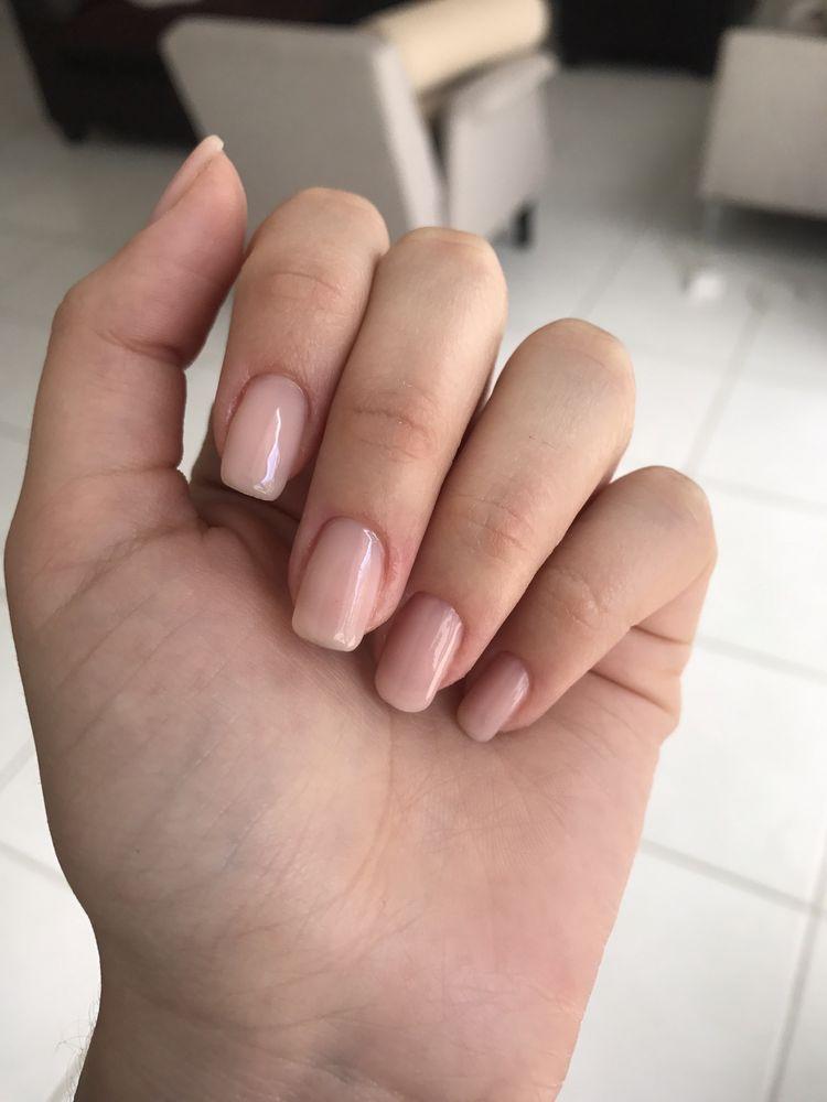 Menta Y Canela Nail Salon