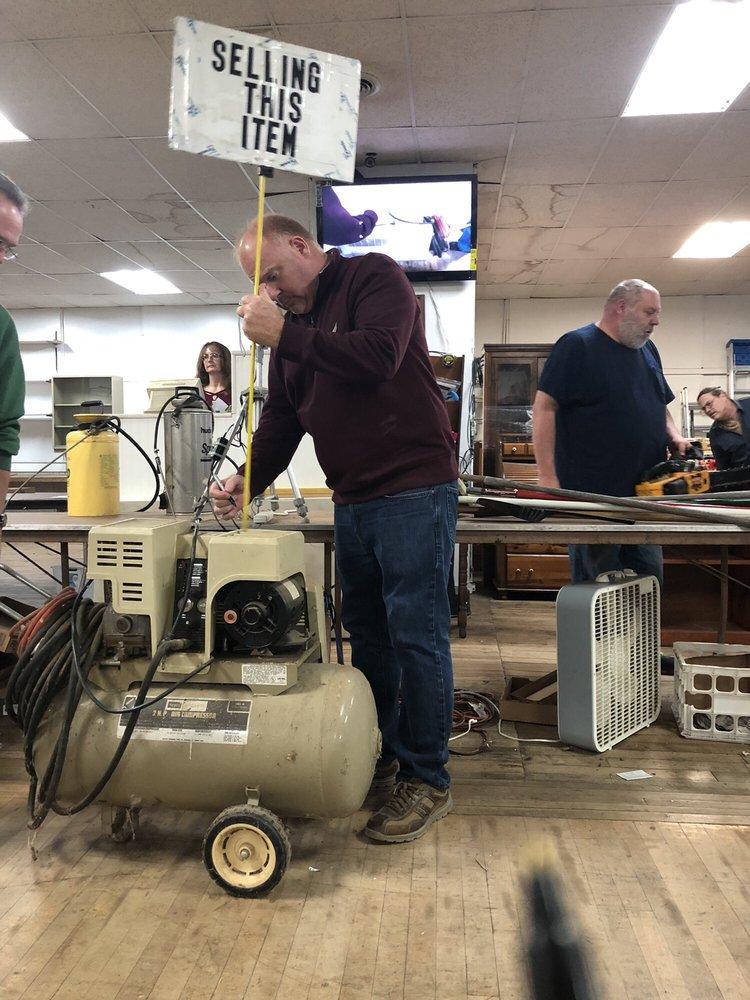 Heatwole Auction Team & Moving: 169 Pleasant Hill Rd, Harrisonburg, VA