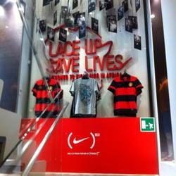 Abbigliamento Roma Nike Via Store Corso Centro Storico Del 478 Zqx1waqO