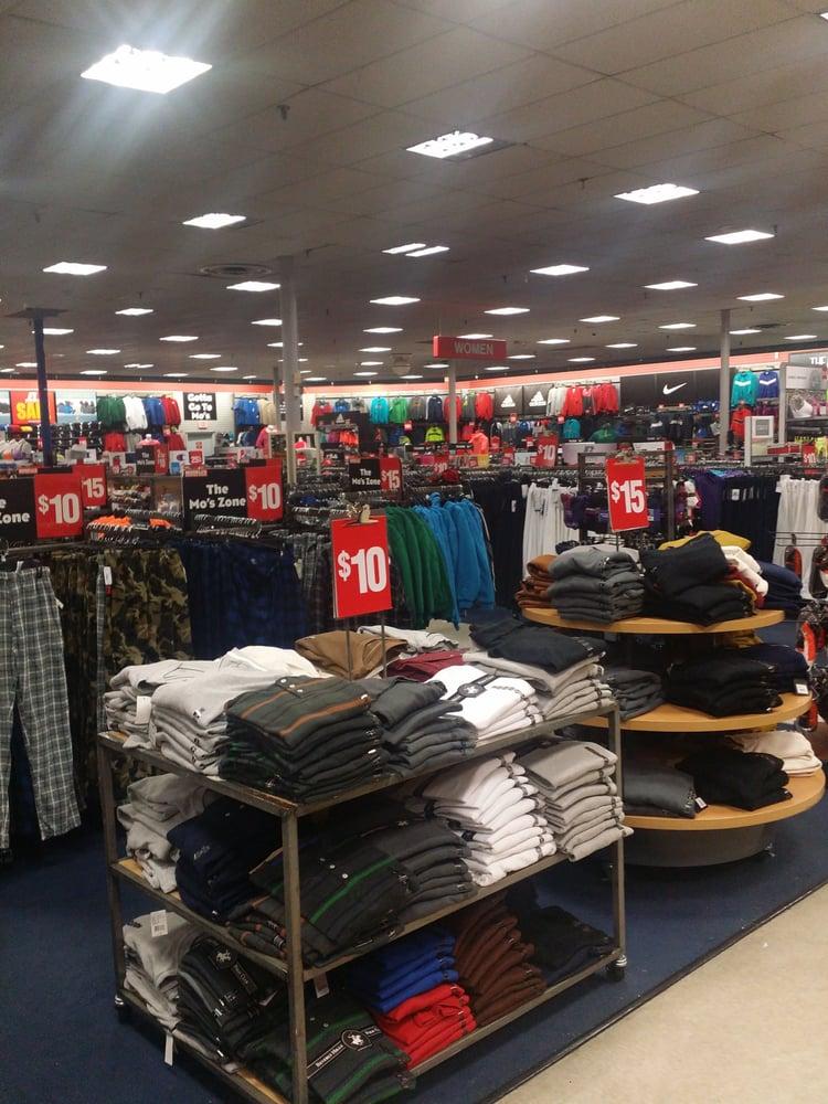 Modell's Sporting Goods: 1510 Union Tpke, Lake Success, NY