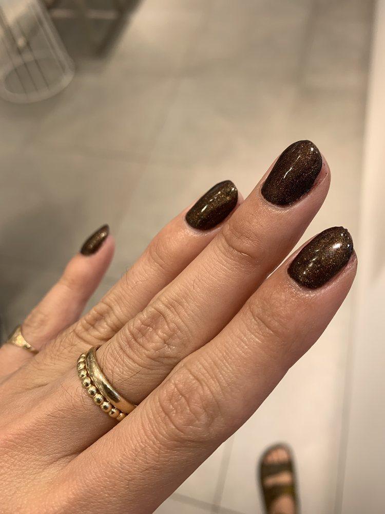 Pretty Nails: 6000 W Markham St, Little Rock, AR
