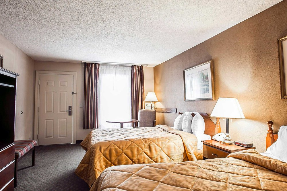 Quality Inn & Suites Santee I-95: 8929 Old Number Six Hwy, Santee, SC