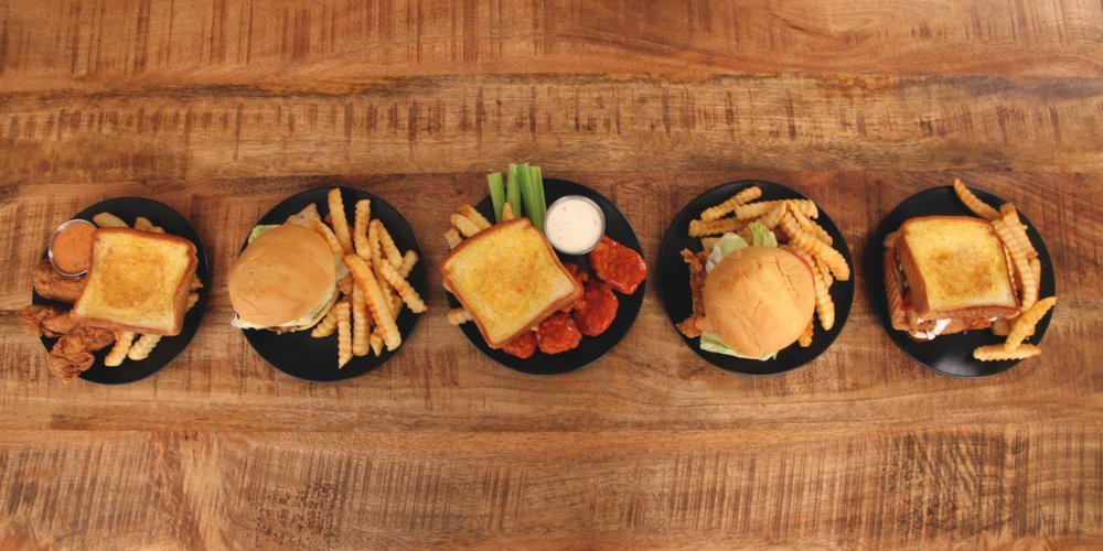 Zaxby's Chicken Fingers & Buffalo Wings: 905 US Highway 401 S, Laurinburg, NC