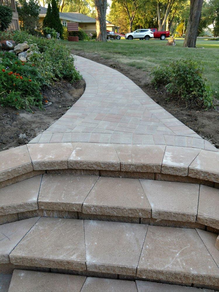 Zavala's Landscaping & Concrete: 9485 E State Route 1 17, Momence, IL