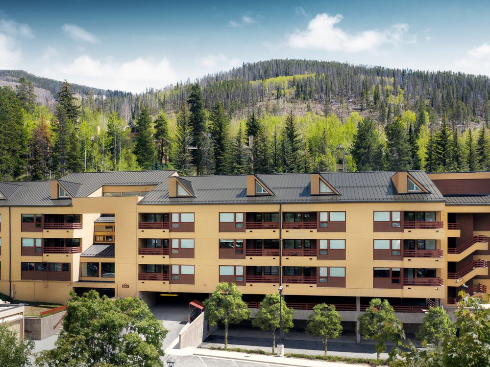 Marriott's StreamSide at Vail-Birch - Slideshow Image 1
