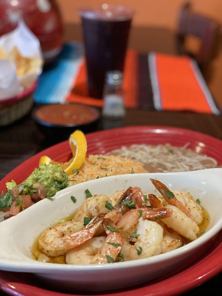 Sol Y Luna Cocina Mexicana: 1910 Oak Park Blvd, Pleasant Hill, CA