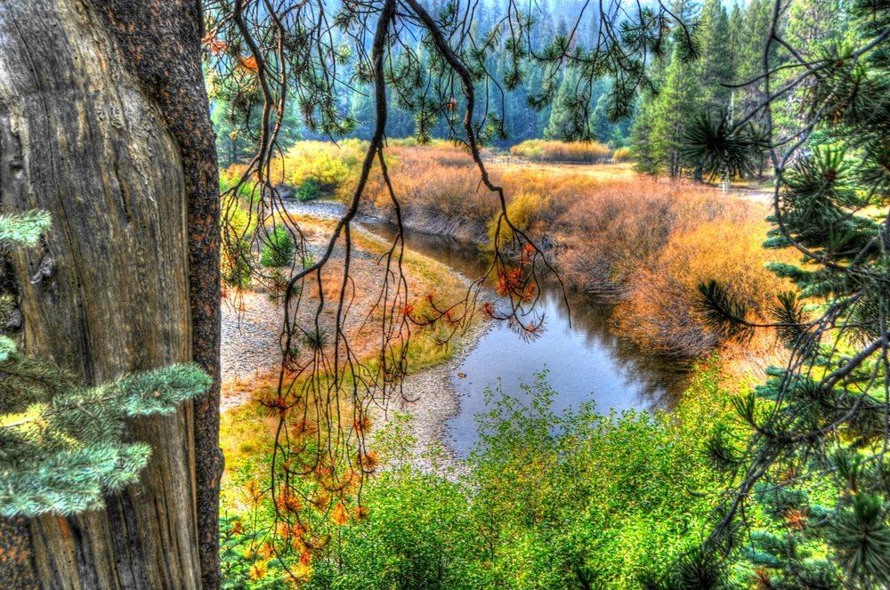 Rainbow Falls: Mammoth Lakes, CA