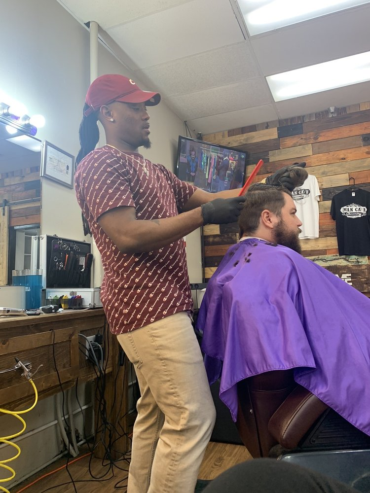 The Man Cave Grooming Company: 5438 Dogwood Dr, Milton, FL