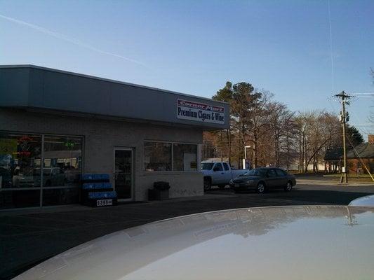 Sunoco Corner Mart: 36380 Charles Lankford Mem Hwy, Shields, VA