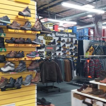 Work Boot Warehouse - 10 Photos & 26 Reviews - Shoe Stores - 363 E ...