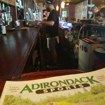The Huddle Kitchen And Bar Bolton Landing Ny