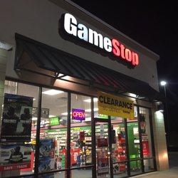 Gamestop Store 3108 - Books, Mags, Music & Video - 209