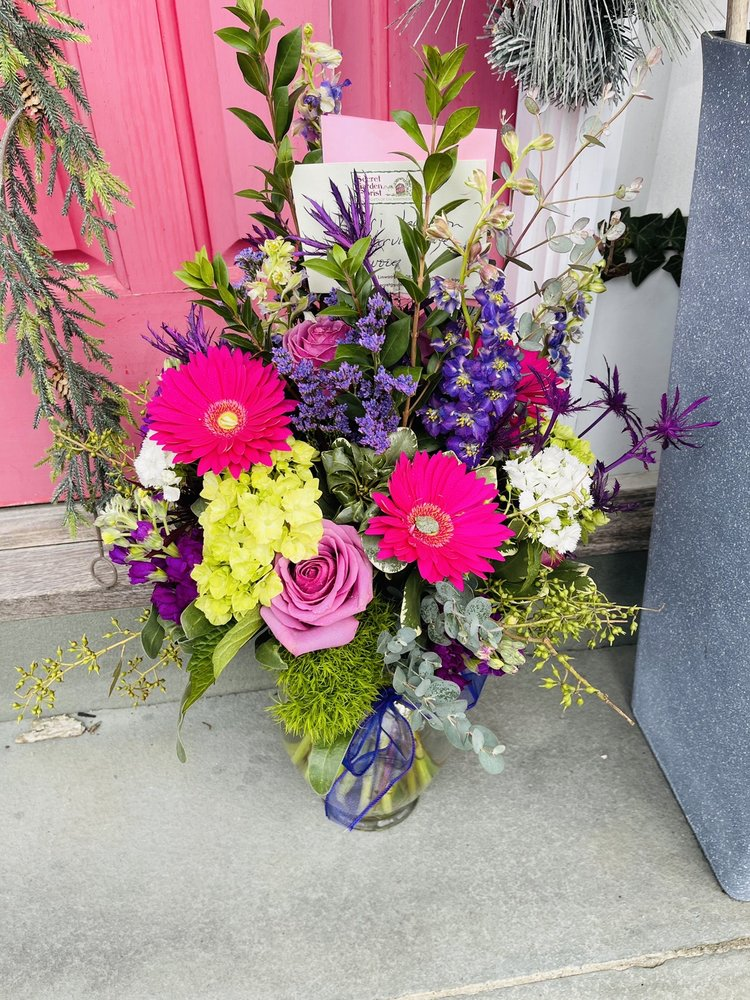 The Secret Garden Florist: 199 New Rd, Linwood, NJ