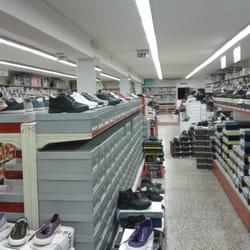 d295abe776f9d Citta Della Scarpa - Negozi di scarpe - Via Vigna S. Antonio