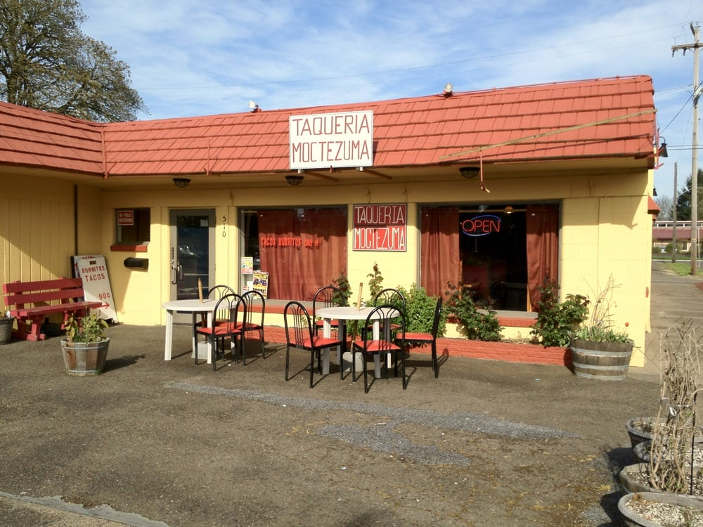 Taqueria Moctezuma: 510 Greenwood St, Junction City, OR