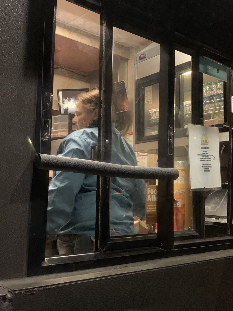 McDonald's: 302 W 11th, Coffeyville, KS