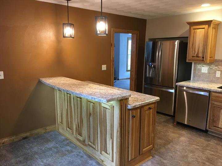 Downings Remodeling Contractors: 32 W Iroquois St, Freeport, IL