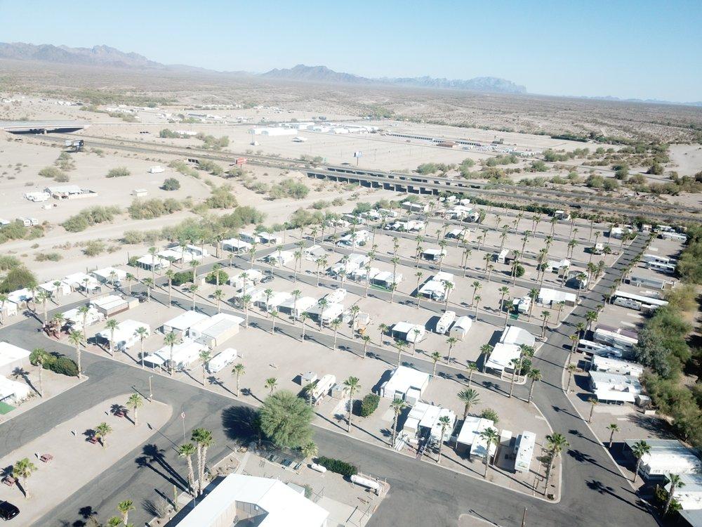 Holiday Palms Rv Park: 355 W Main St, Quartzsite, AZ