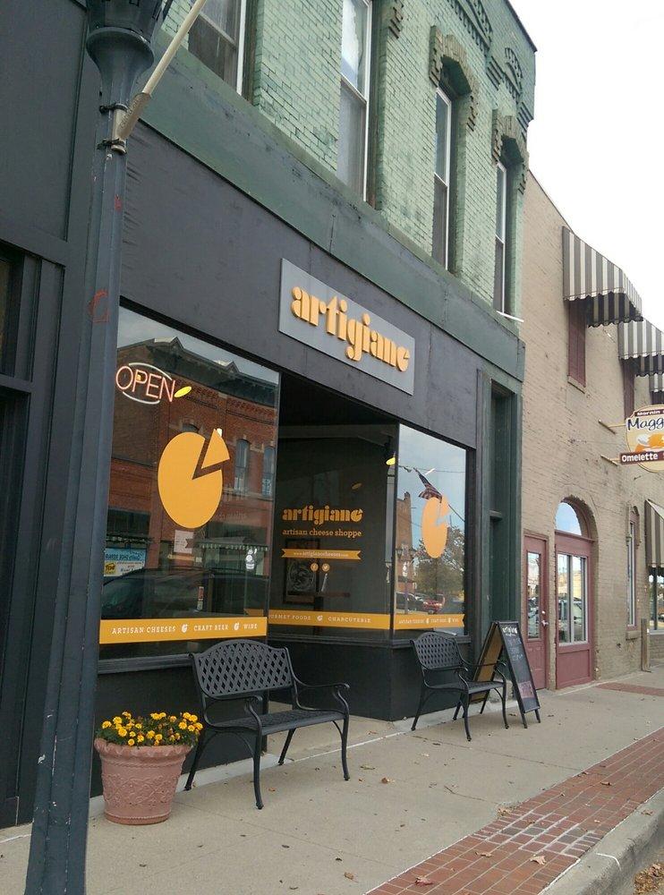 Artigiano Artisan Cheese Shoppe: 815 N Saginaw St, Bay City, MI