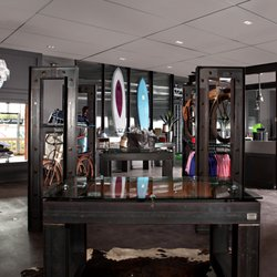 Scotty Cameron Golf Gallery - 927 S Coast Hwy 101, Encinitas