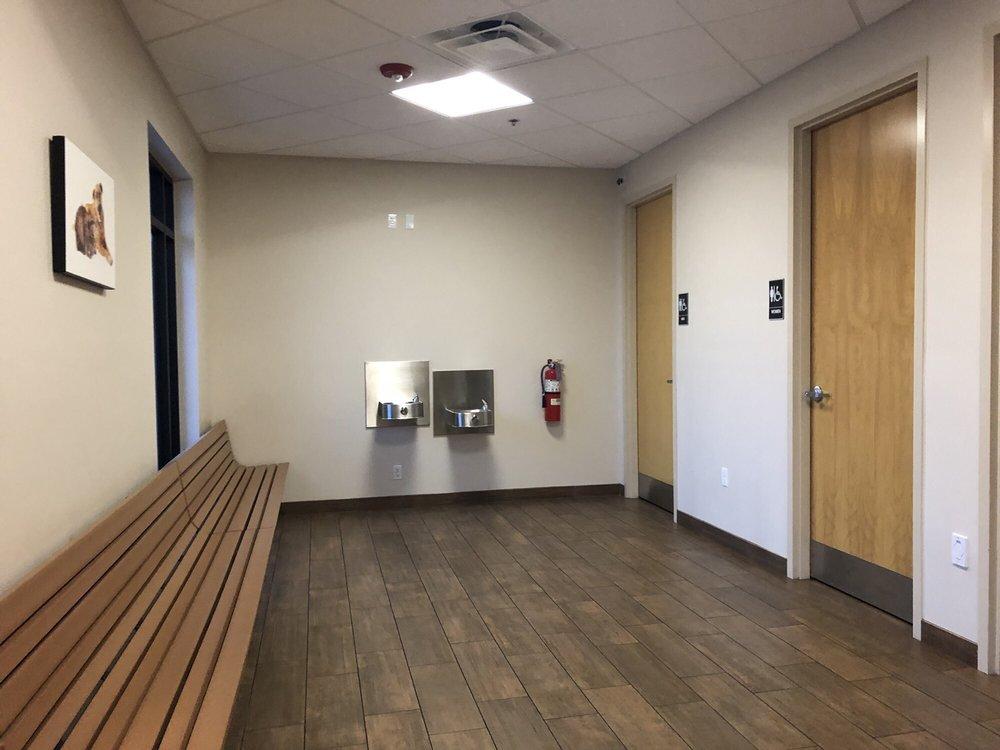 Veterinary Emergency Clinic of Central Florida: 11011 Lake Underhill Rd, Orlando, FL