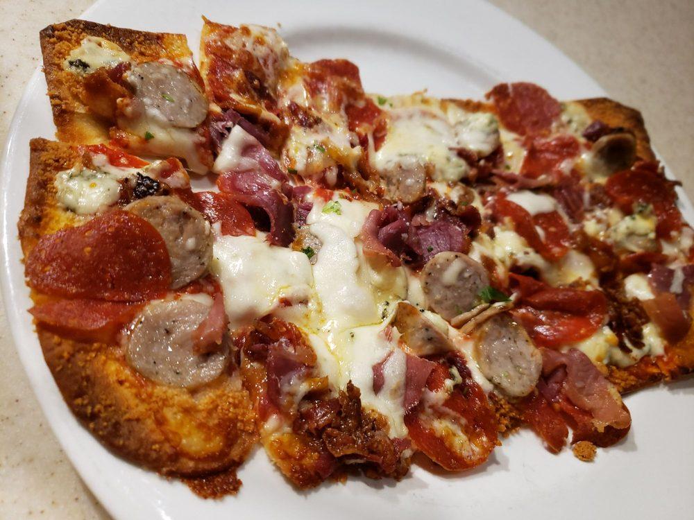 Lupo's Italian Steakhouse: 2320 Amanda Ave, Dyersburg, TN