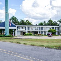 Photo Of Quality Inn Moss Point Pascagoula Ms United States