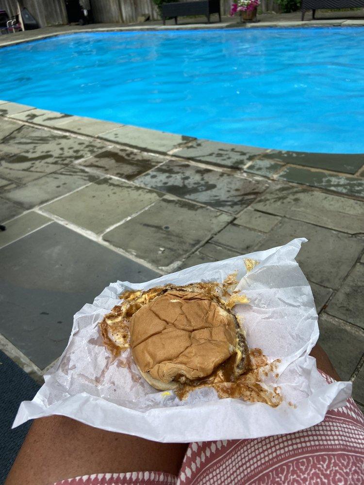 Johnny's Lunch: 966 Fairmount Ave, Jamestown, NY