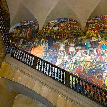 Palacio nacional 150 photos 20 reviews landmarks for Diego rivera mural palacio nacional