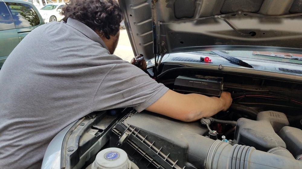 AutoZone Auto Parts: 14460 Newport Ave, Tustin, CA