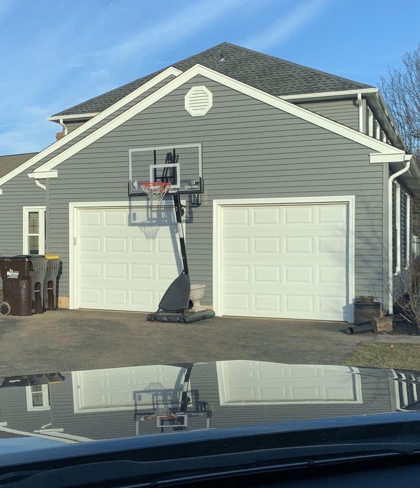 Jack Farrell Garage Door: 812 Herman Rd, Horsham, PA