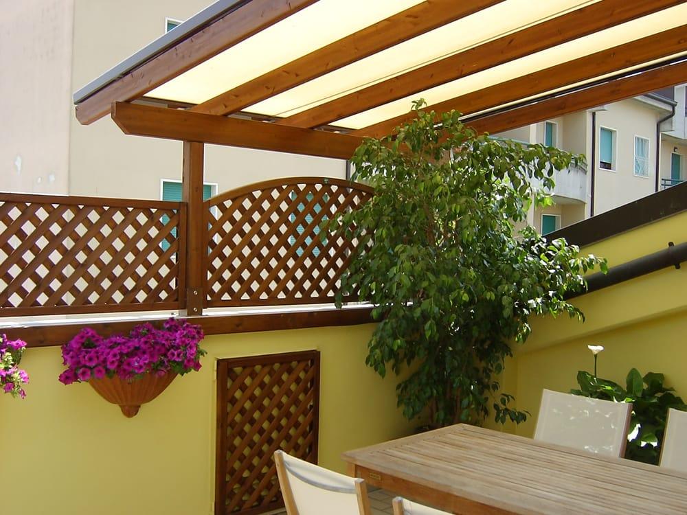 Arredo urbano service negozi d 39 arredamento via san for Negozi arredo giardino milano