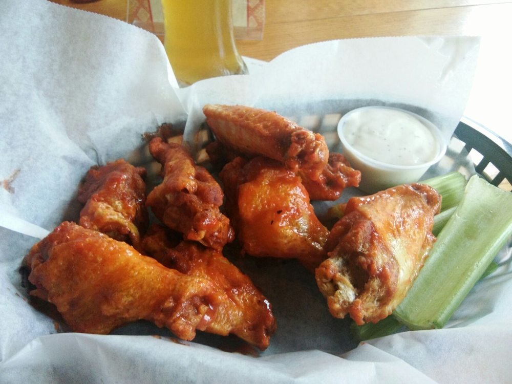 Unch's Bar And Grill: 103 Water St, Cahokia, IL
