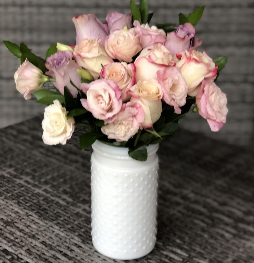 Connecticut Flower Shop: Canton, CT