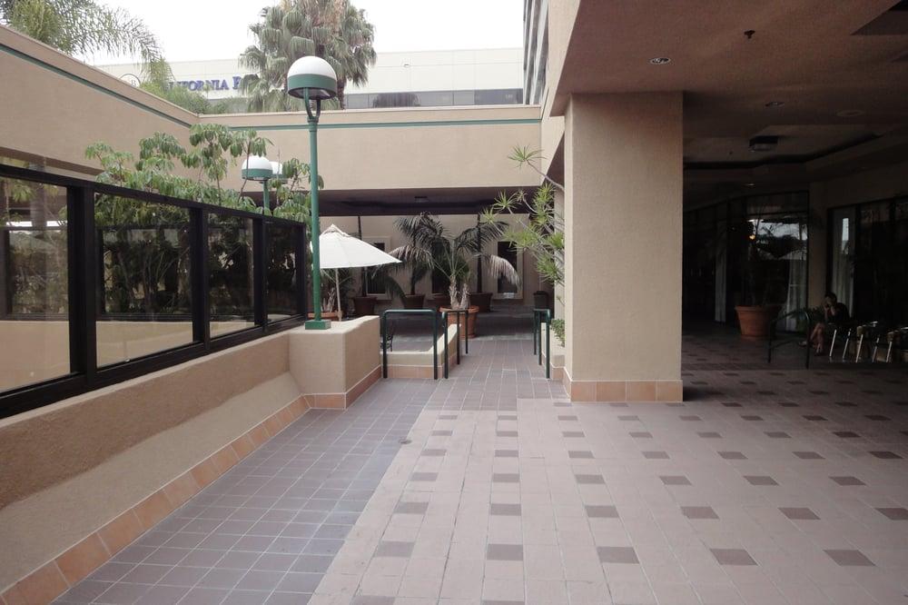 Happa Restaurant New Gardena Hotel