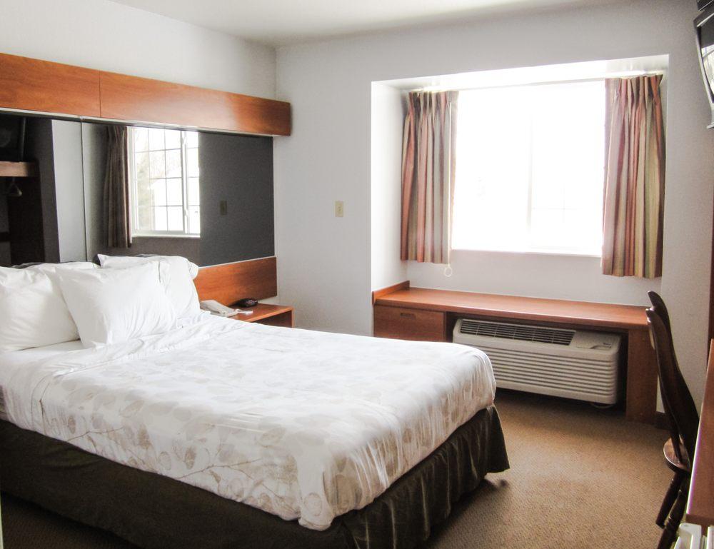 Alliance Inn & Suites: 562 Old Rte 66, St. Robert, MO