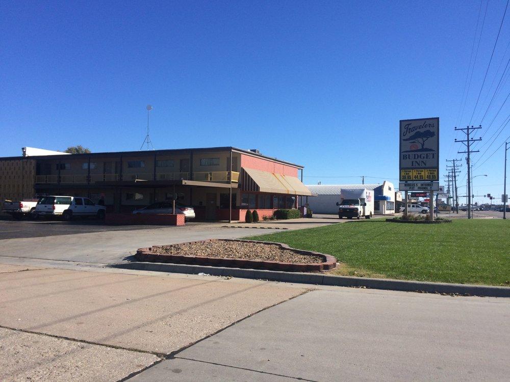 The Travelers Budget Inn: 4200 10th St, Great Bend, KS