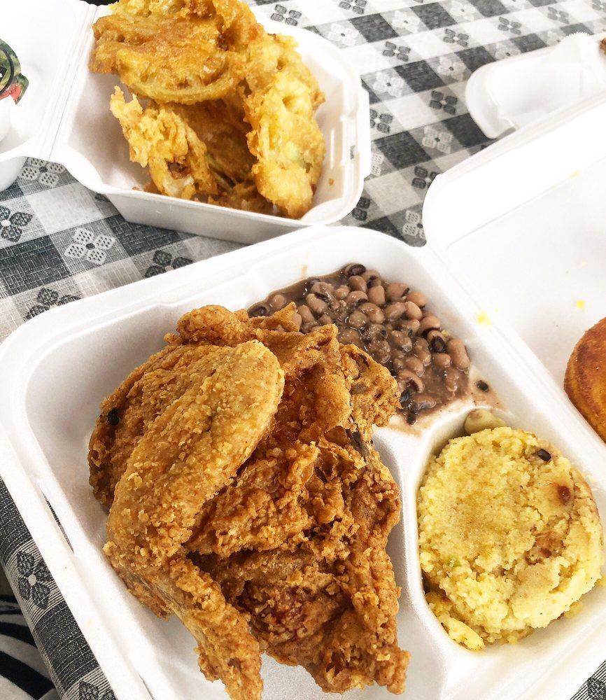 Dawson's Kitchen: 3360 Brookdale Ave, Macon, GA