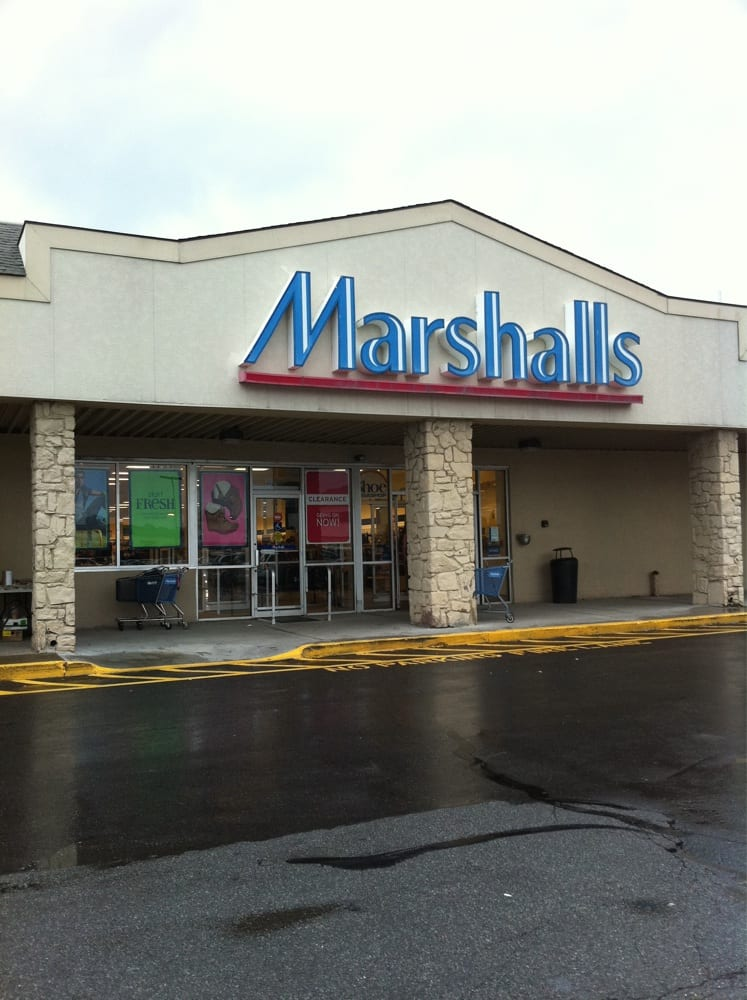 Marshalls: 1200 Ulster Ave, Kingston, NY