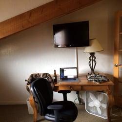 Photo Of The Boulder Creek Lodge Nederland Co United States Desk Area