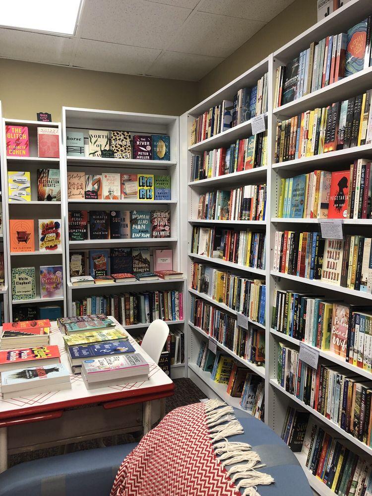Writer's Block Bookstore: 316 N Park Ave, Winter Park, FL