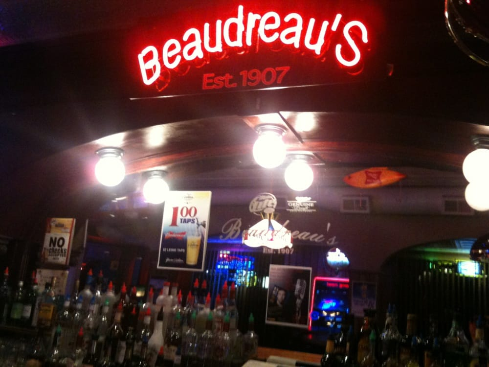 Beaudreau's Bar: 414 E Saint Germain St, Saint Cloud, MN