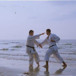 Karate: golpes de puño  258s