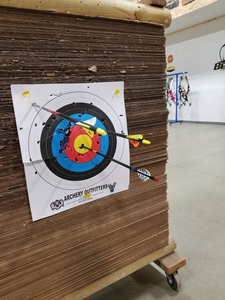 Archery Outfitters: 1811 N Lowell Ave, Sioux Falls, SD