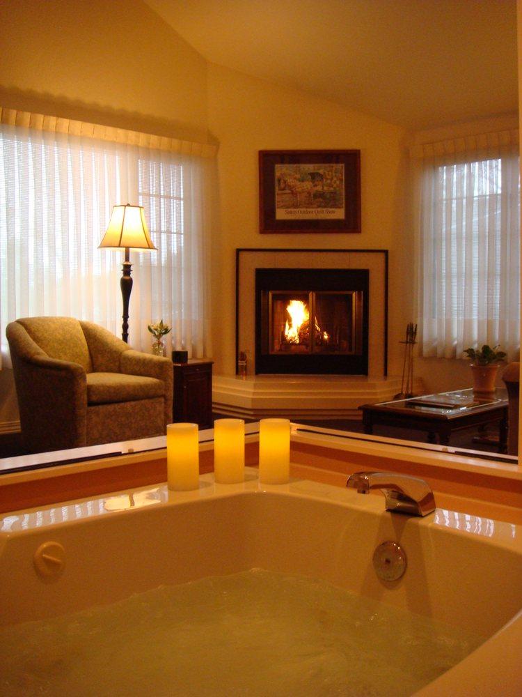 Romeo Inn Bed & Breakfast: 295 Idaho St, Ashland, OR